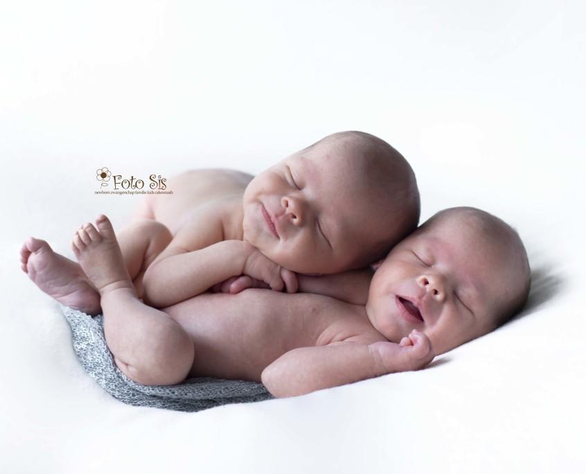 fotografie newbornfotoshoot kind kinderen fotoshoot baby zwangerschap new born Cakesmash den haag nootdorp zoetermeer, rijswijk, leidschendam westland, 's gravenzande, maassluis fotograaf zuid Holland